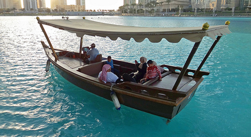 dubai-lake-ride